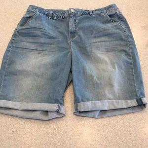 Lane Bryant 18W jean Bermuda shorts